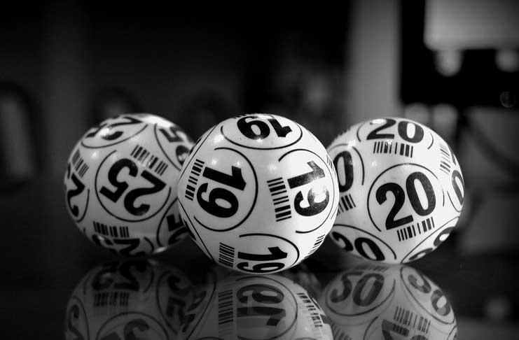 bingo vs poker